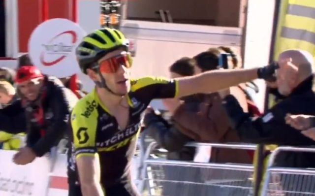 Adam Yates bate Quintana E Bernal em subida insana!