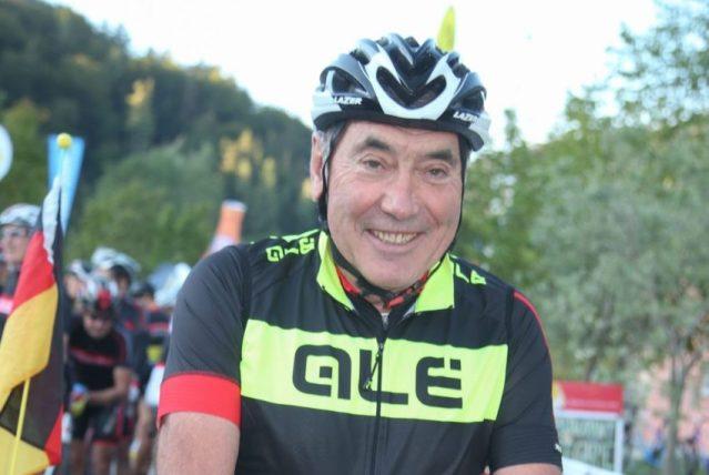 Eddy Merckx hospitalizado após cair de bicicleta