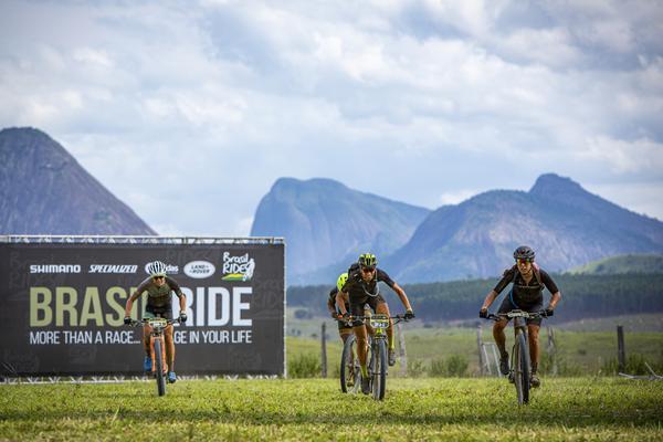 Após Avancini vencer prólogo, Thiago Ferreira e Hans Becking vencem etapa mais longa da Brasil Ride