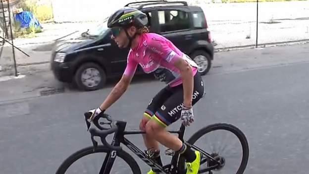 Van Vleuten cai e abandona Giro Rosa