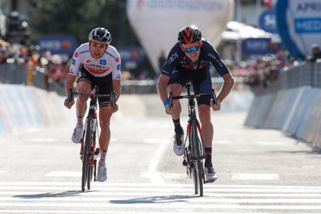 Tao Geoghegan Hart vence no Giro! Hindley assume a camisa rosa