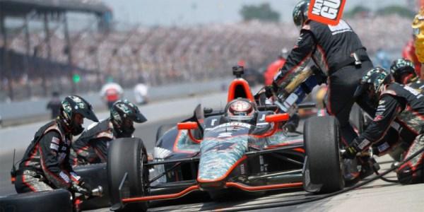 Carro de Formula Indy em abastecimento | Foto IMS New Media