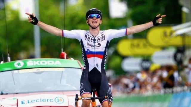 Dia da fuga no Tour, Matej Mohoric vence pela Bahrain!