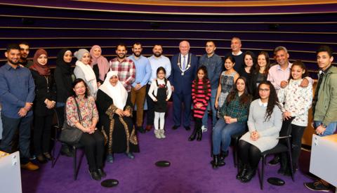 20 Nieuwegeiners ontvingen Nederlandse nationaliteit op Koninkrijksdag