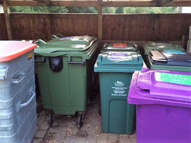 If you had asked me a few months ago, I would never have expected to be posting a picture of bins!