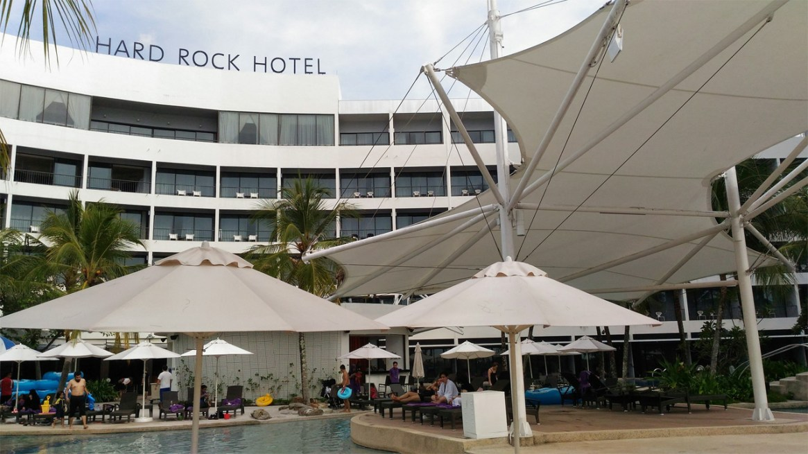 Hard-Rock-Hotel-Penang-Pool-Side