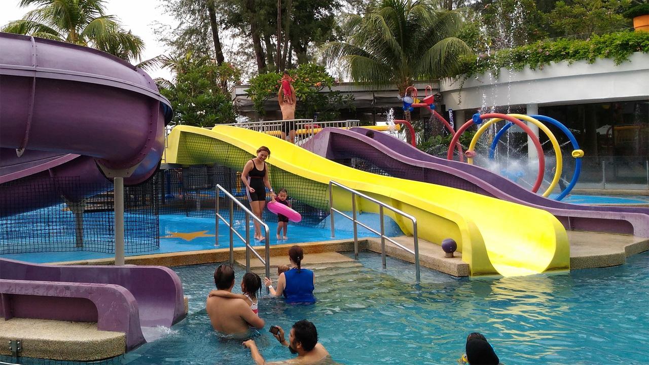 Hard-Rock-Hotel-Penang-Pool-and-Slides