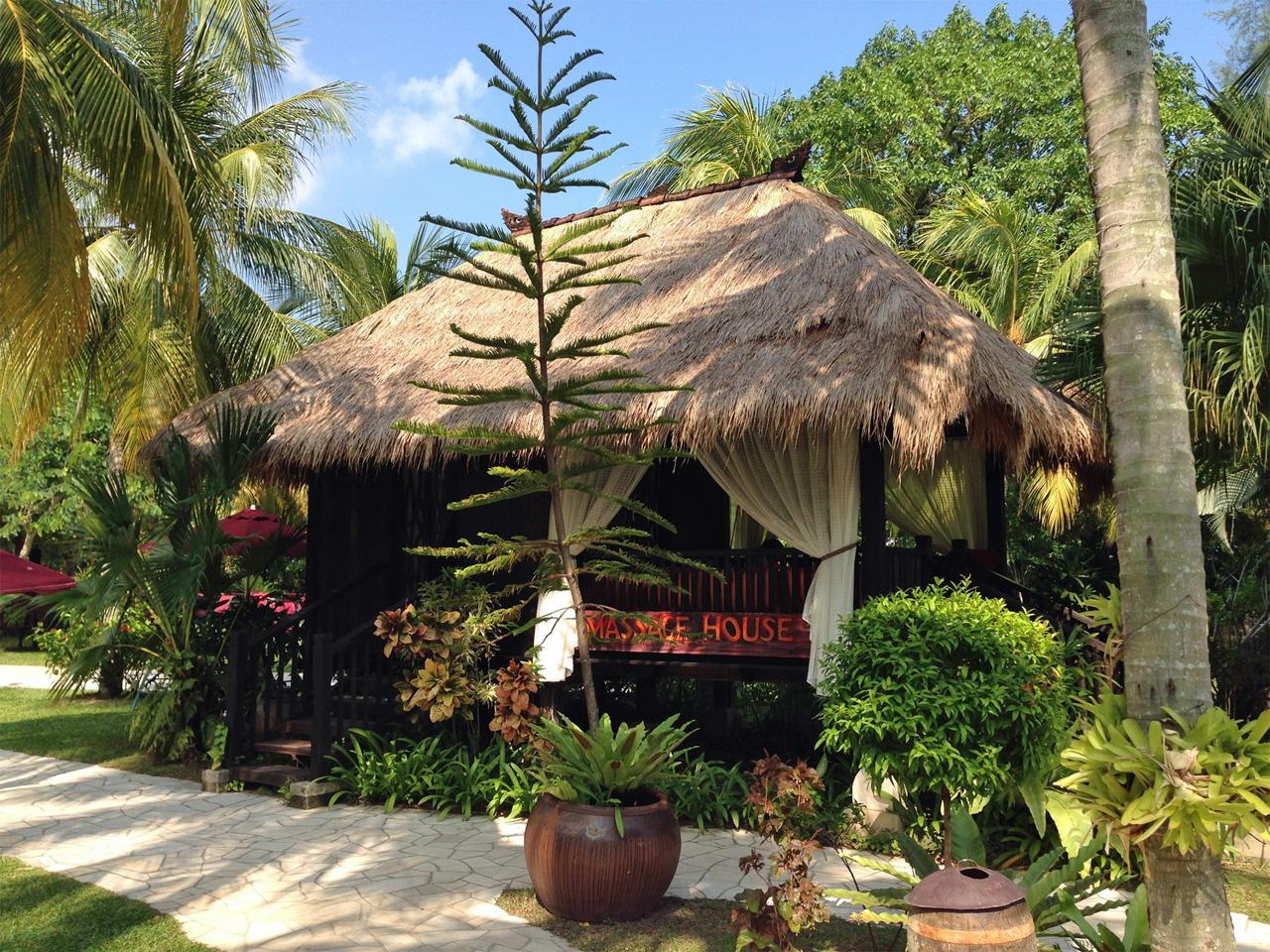 Parkroyal-Penang-Resort-Massage-House