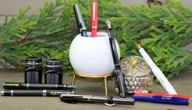 vintage inspired fountain pens 2020 holiday pen gift guide