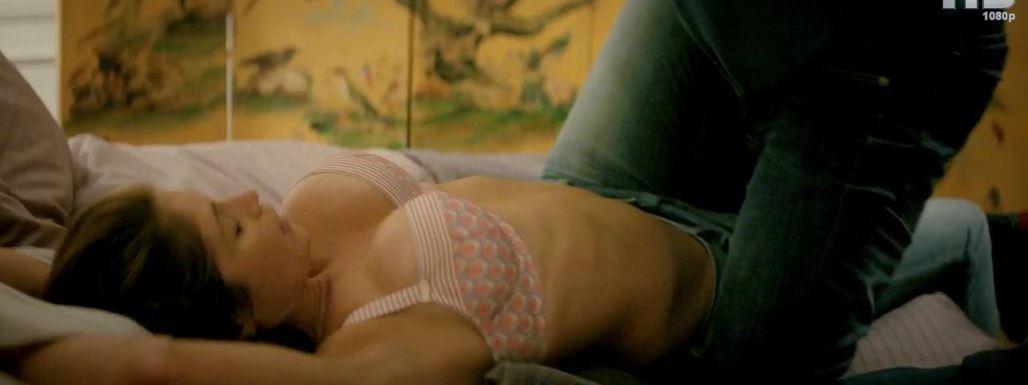 Gemma Arterton follando en 100 Streets