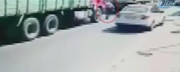 Pendik'te Hafriyat Kamyonu Kazası! Korkunç Ölüm…
