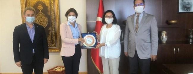 Gedik Holding'den Kaymakam Dr. Hülya Kaya'ya Hayırlı Olsun Ziyareti