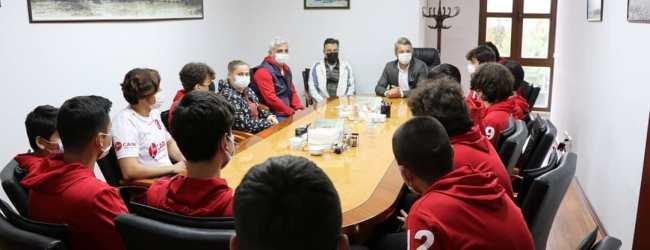 Pesiad'a Ziyaretler Sürüyor