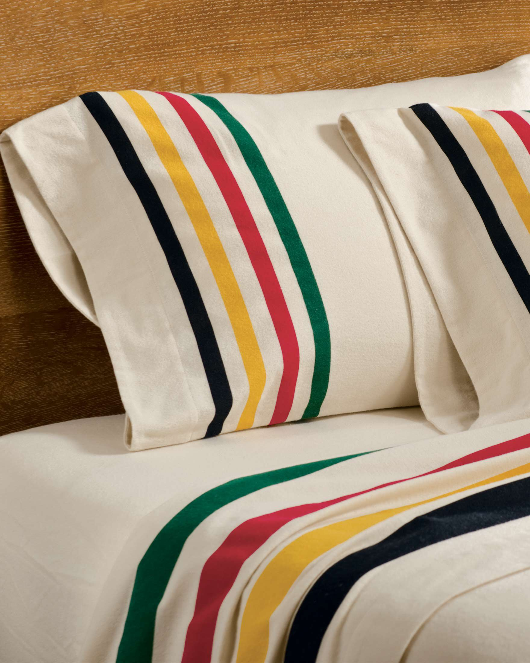 GLACIER PARK FLANNEL SHEET SET  Pendleton