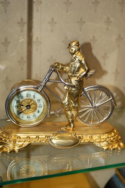 United Clock Company Birmingham bicycle clock
