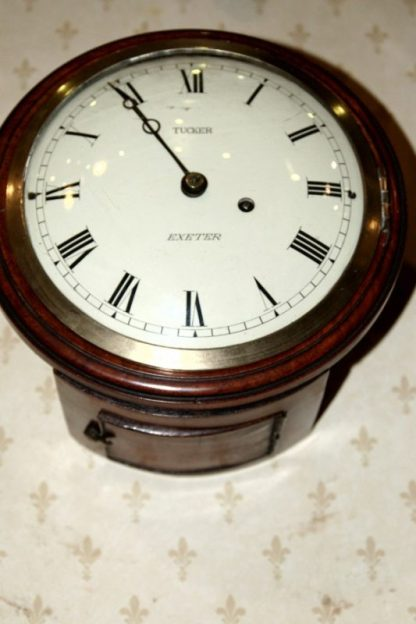 Tucker London dial clock