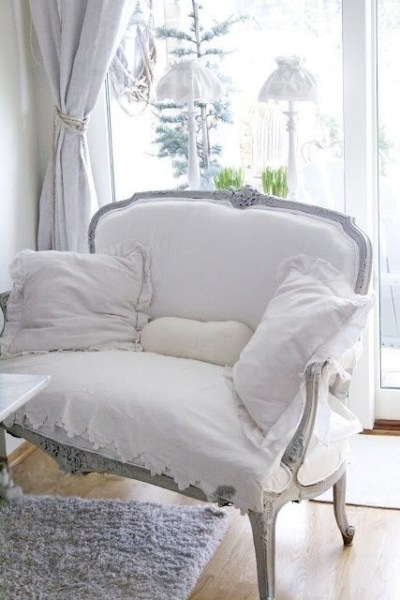 To achieve a shabby chic look, choose furniture in the French Provincial Style, like this chair.