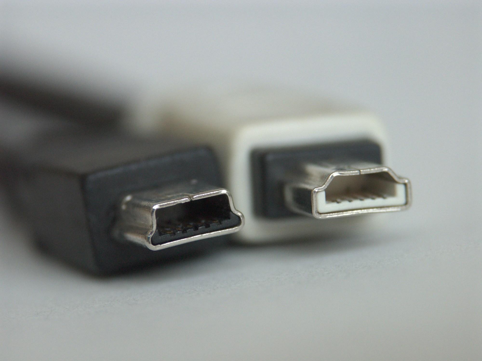 hight resolution of usb mini b plug