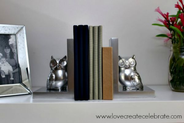Owl Bookends DIY - Get Your Shine On Link Party - DIY Crafts and thrift store finds turned into creative home decoration DIY