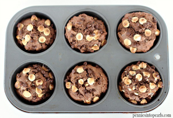 Triple Chocolate Muffins - penniesintopearls.com - The very best triple chocolate muffins you will ever eat! Everyone in your family is going to LOVE this super easy and quick triple chocolate muffins recipe!