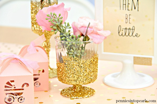 i love all the tips this girl shares on how to throw a fabulous party on