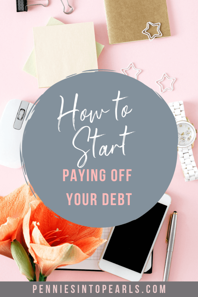 Learning how to payoff debt is simple with these 5 Tips to Payoff Debt QUICK! It doesn't matter if you are a low income or one income family, this is how to start paying off your debt fast.