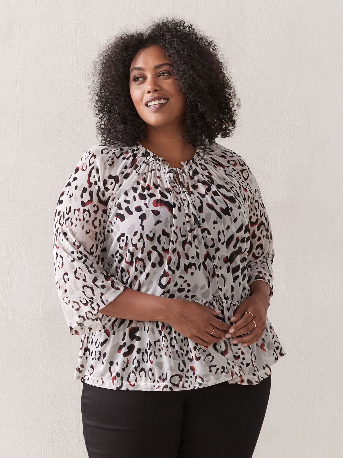 Mesh printed top – In Every Story