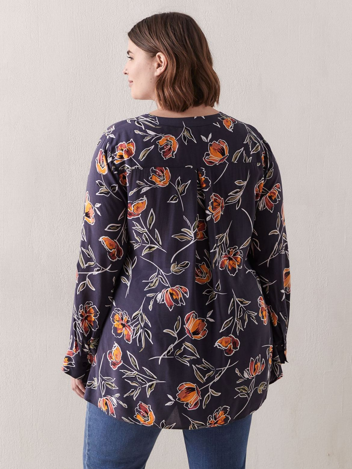 Pop-Over Tunic Blouse with pockets - In Every Story