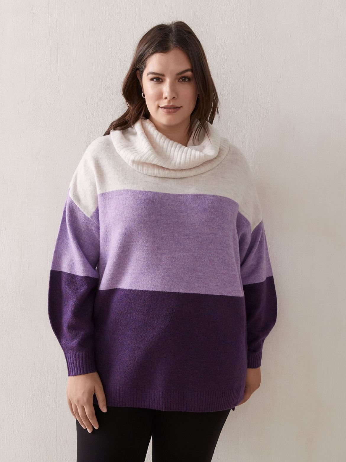 Long-Sleeve Sweater With Cowl Neck – In Every Story