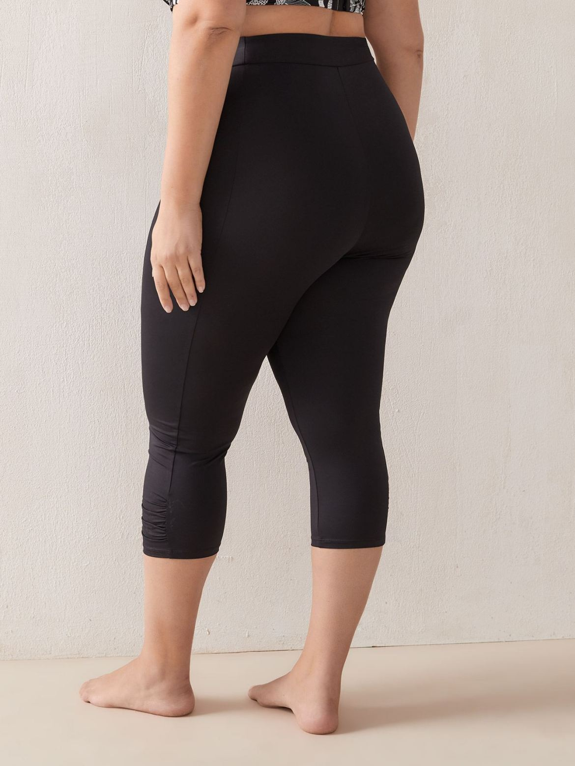 Basic Leggings, Solid Colour - In Every Story