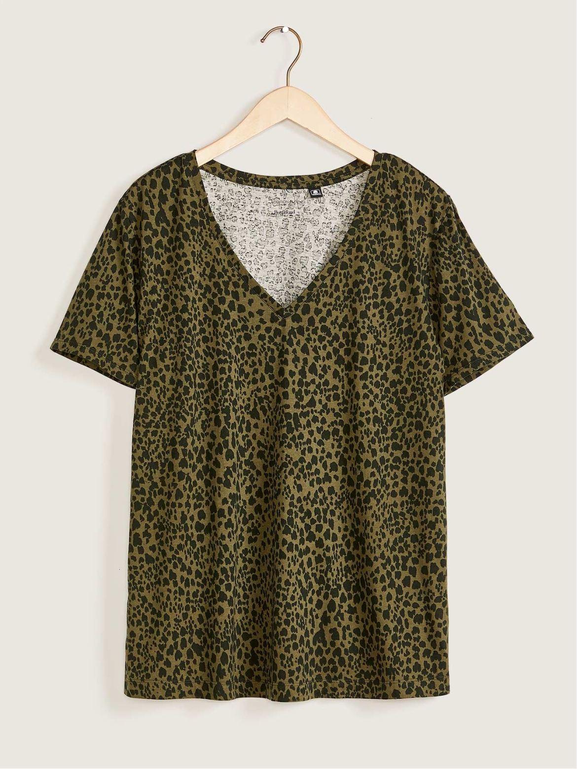 Printed V-Neck Boyfriend T-Shirt - Addition Elle