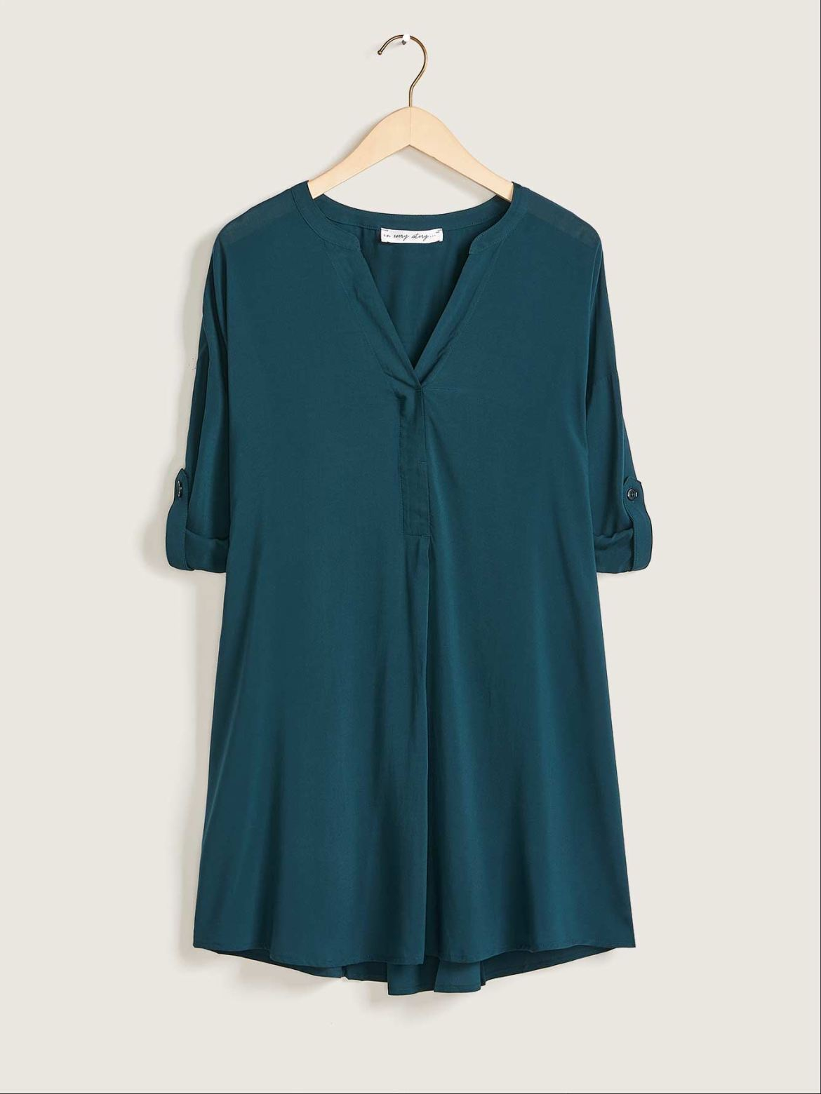 Solid 3/4 Sleeve Tunic Blouse - In Every Story