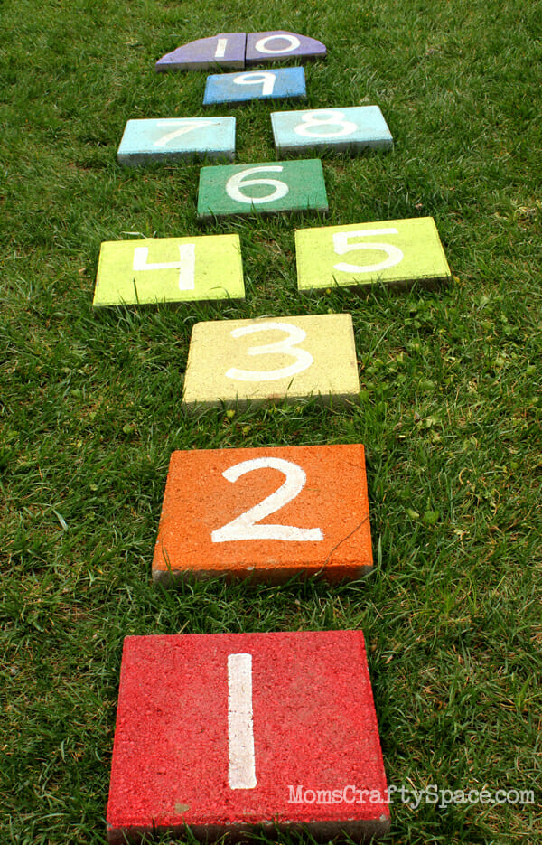 17 DoItYourself Outdoor Games for Your Next Party