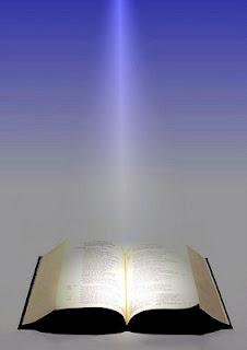 Lámpara es a mis Pies tu Palabra y Lumbrera a mi Camino