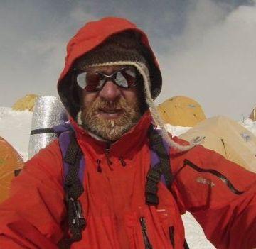 Pacijent u terminalnoj fazi kancera osvojio Everest