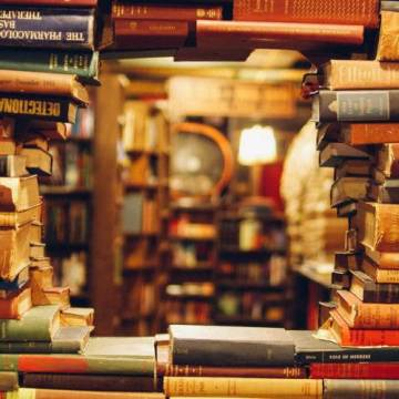 Prosečna starost pisaca bestselera