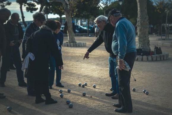 Godišnje, od 8.000 do 10.000 ljudi ode u prevremenu penziju