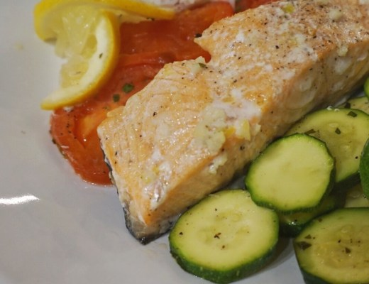 Light and Refreshing Springtime Dinner | Salmon Packets and Rice