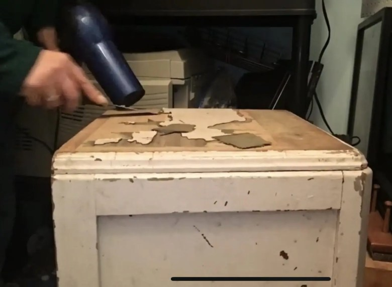 Hair Dryer to remove veneer