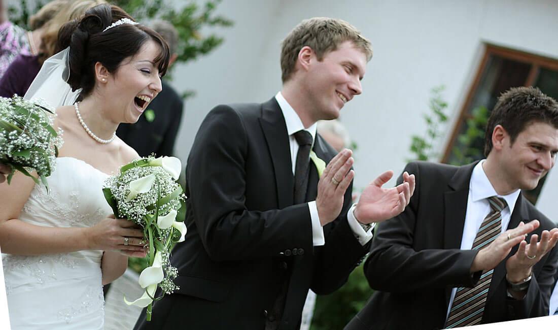 Hochzeitsreportagen, Hochzeitsfotos, Brautpaarfotos direkt vom Hochzeitsfotografen aus Freising und München