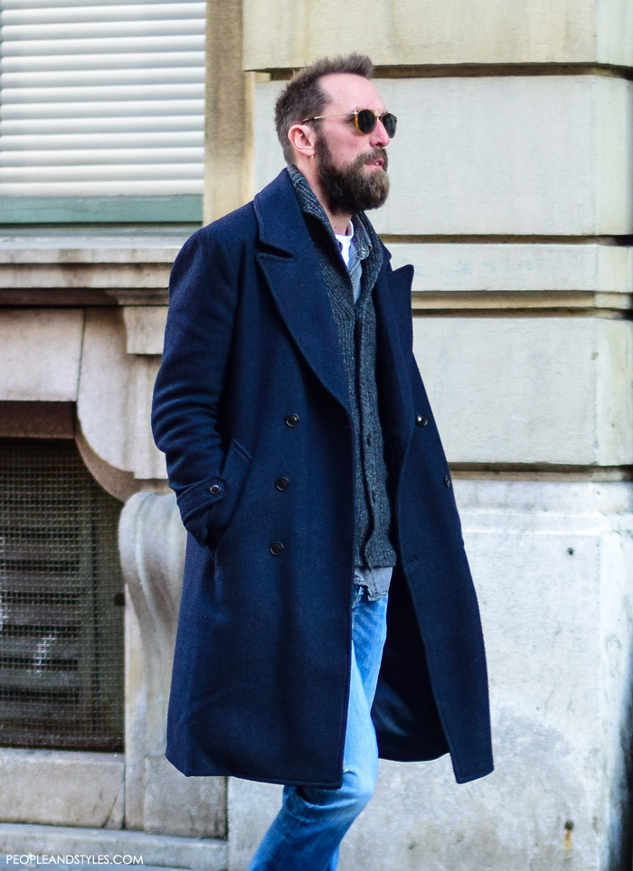 Guys casual winter fashion handsome man, what to wear with a wool coat, how to wear navy coat