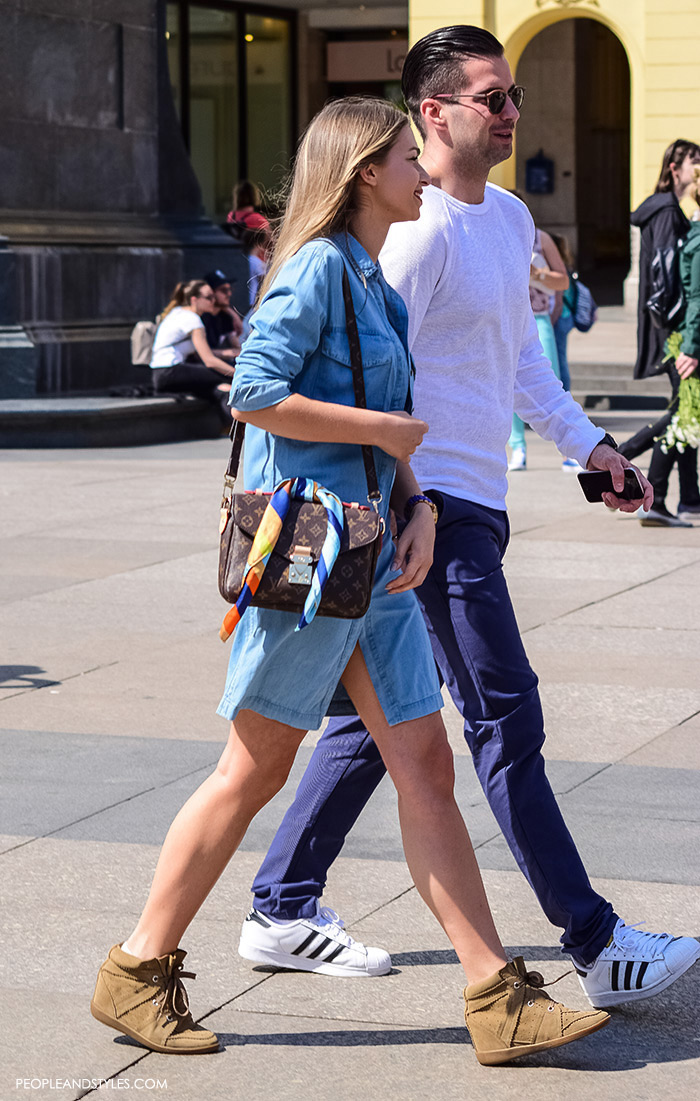 Street style summer 2016, couples street fashion, mens's fashion: navy chinos and white adidas sneaksers
