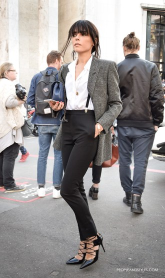 Grey Blazer - Modern Working Girl Wardrobe Staple – Fashion Trends and Street Style - People & Styles