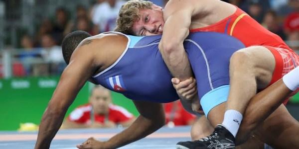 Artur Aleksanyan vs Cuba's Yasmany Lugo 2016 Olympics 2