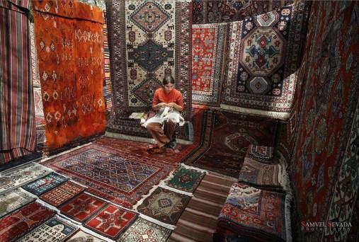 Armenian Karpet weaving