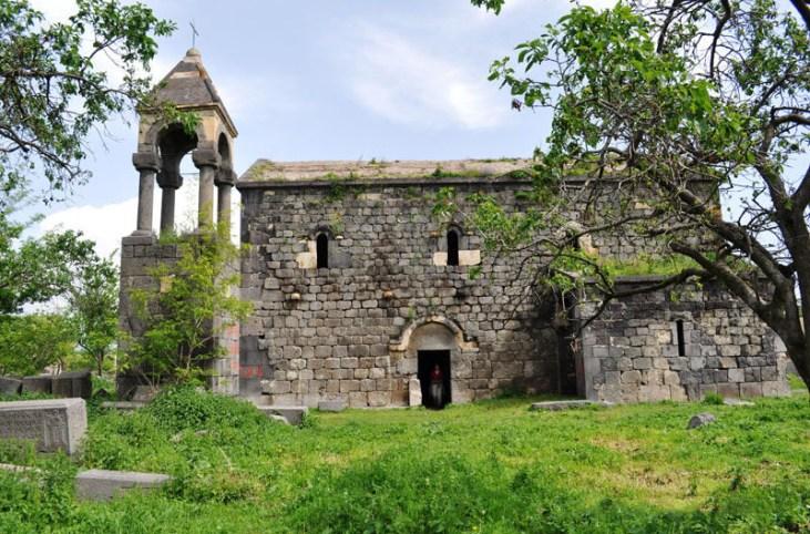 Kurtan – St. Astvatsatsin Basilica (V c.)