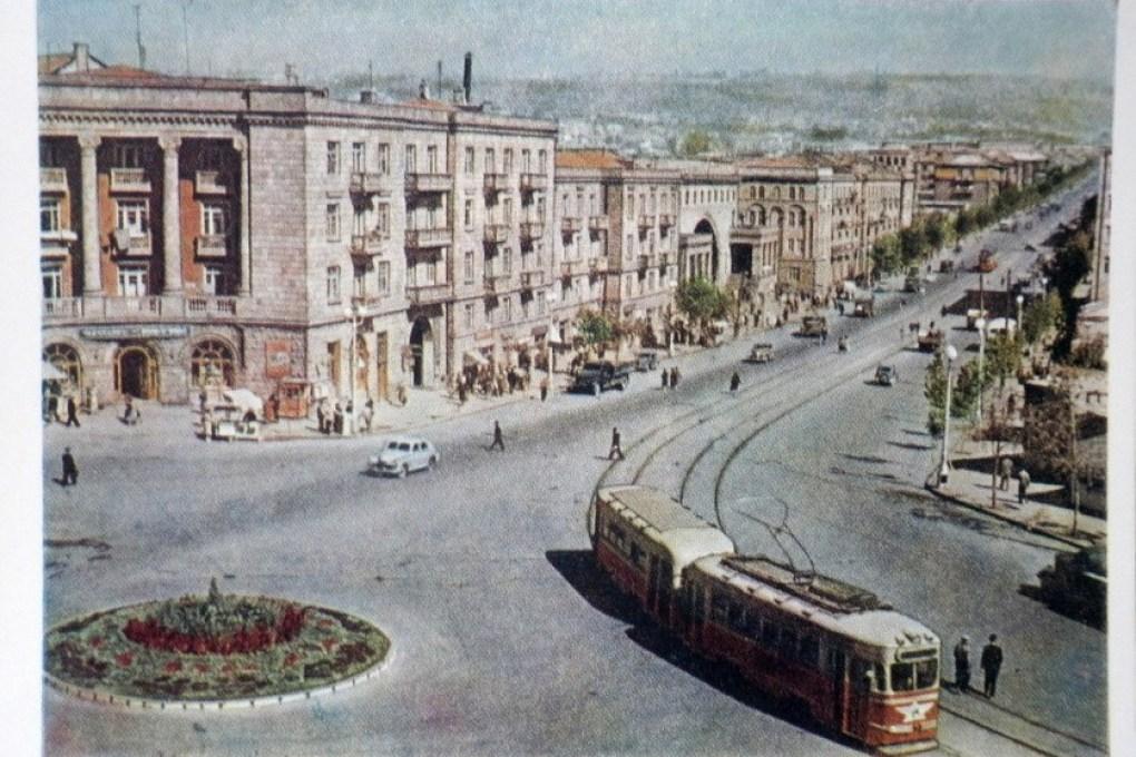 yerevan-stalin-avenue-tram-streetcar-1957-armenia-ussr-unused (1)