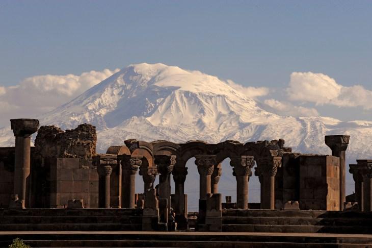 Zvartnots Ararat