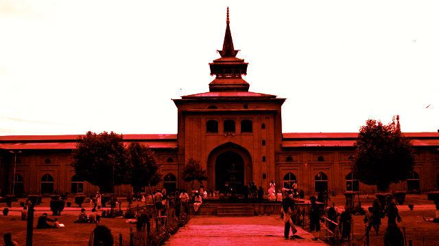 Srinagar Jamia Masjid attack