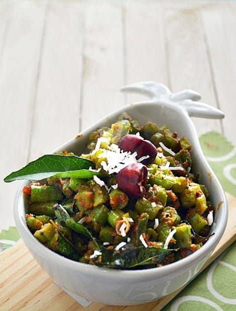 Stir fry green beans-Beans Mezhugupuratti